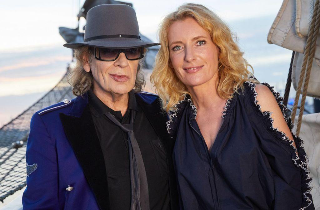 Zwillinge, bei der Geburt getrennt? Nein, Maria Furtwängler (re.) und Udo Lindenberg singen auf Udos nächster CD gemeinsam. Foto: dpa