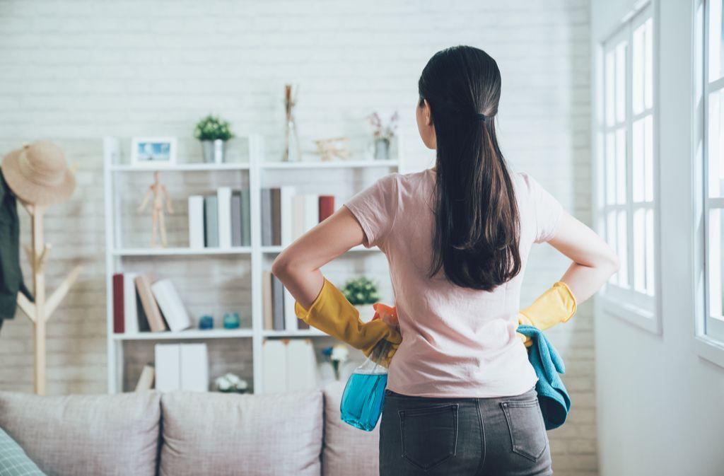 Diese Tipps erleichtern das Aufräumen. Foto: PR Image Factory / shutterstock.com