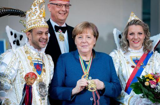 Angela Merkel begrüßt Prinzenpaare im Kanzleramt