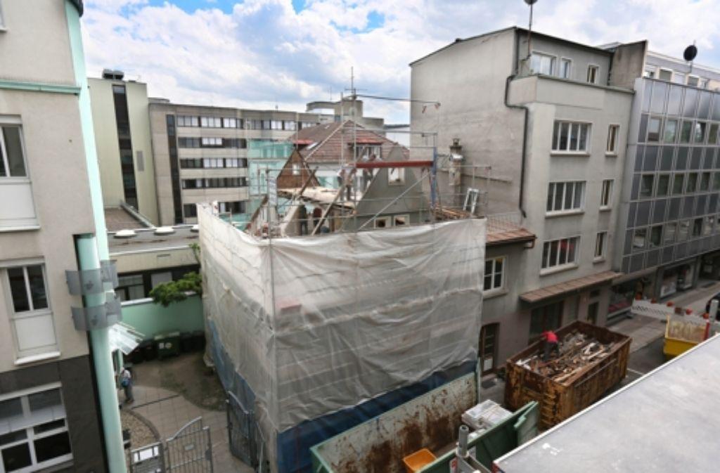An der Stelle des Wengerterhauses wird ein modernes Bürohaus entstehen. Foto: Zweygarth