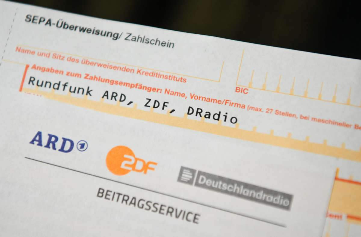 Statt 17, 50 Euro im Monat kostet der Rundfunkbeitrag bald 86 Cent mehr. Foto: dpa/Nicolas Armer