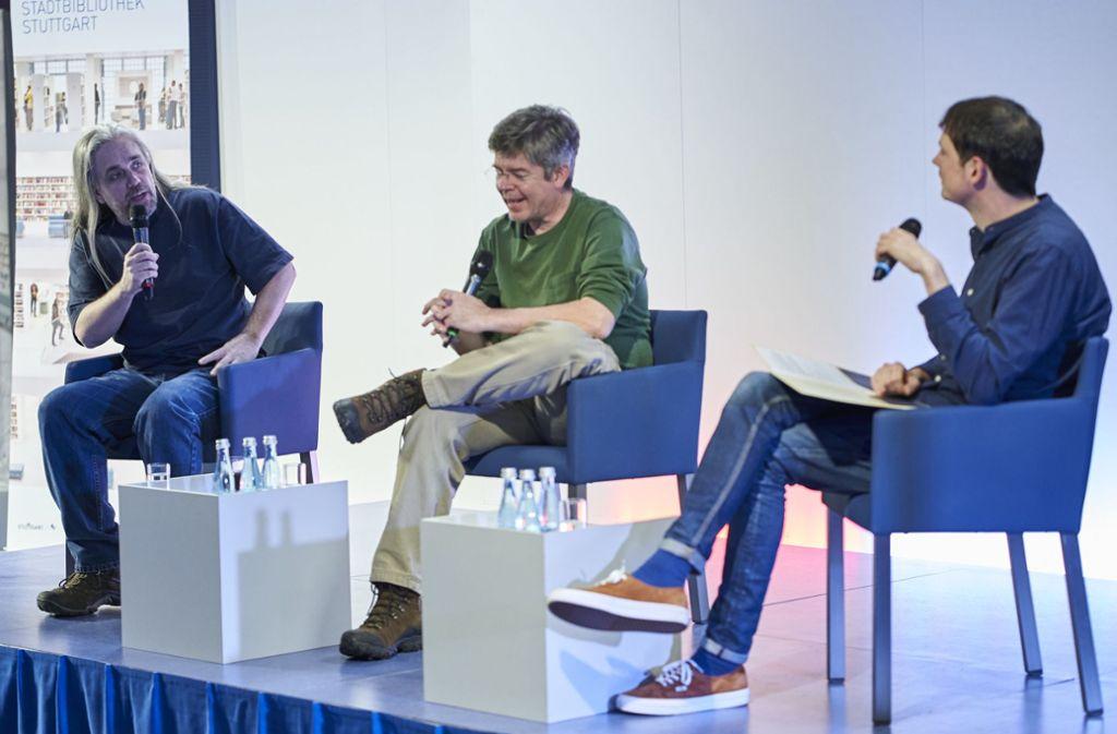 """Im Gespräch über """"Expanse"""": Ty Franck, Daniel Abraham und der Moderator Björn Springorum (v. li.) Foto: Ronny Schönebaum"""