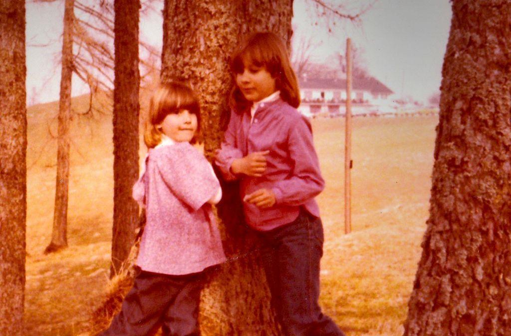Kindheit in Freiberg: Sandra und Nicole Fritz Foto: privat