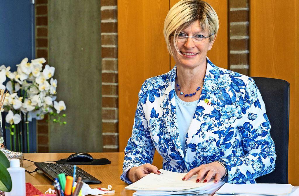 Die Rutesheimer Bürgermeisterin Susanne Dornes hat die Amtsgeschäfte wieder  aufgenommen. Foto: factum/Jürgen Bach