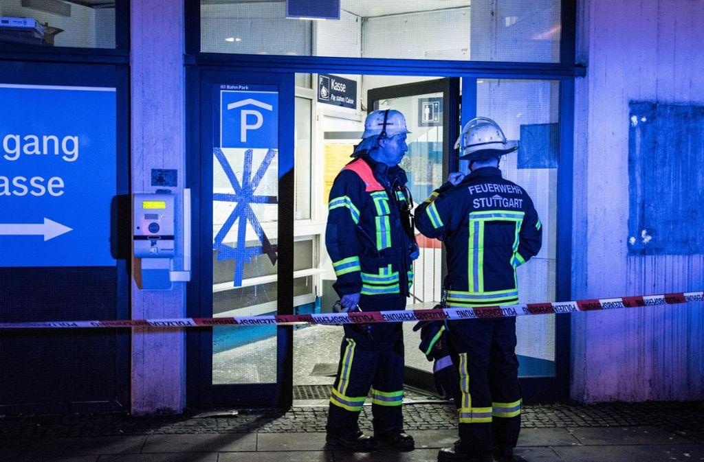 Die Feuerwehr rückte am Samstagabend in ein Parkhaus an. Foto: 7aktuell.de/ Gruber