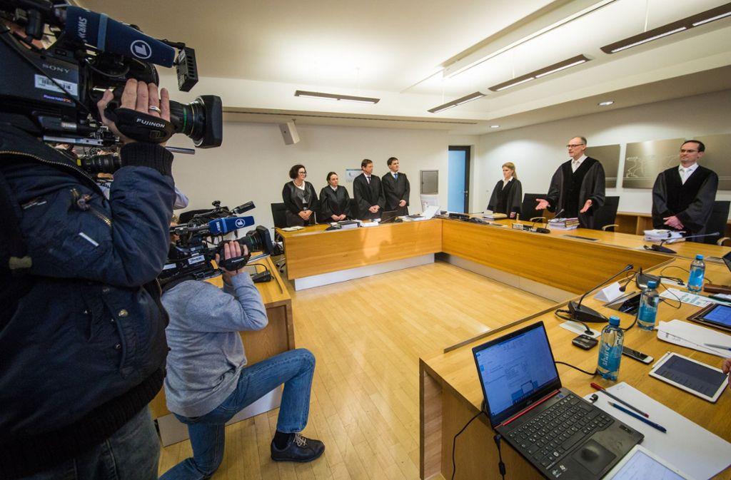 Großer Medienauftrieb bei der Verhandlung über die erste Musterfeststellungsklage Foto: dpa