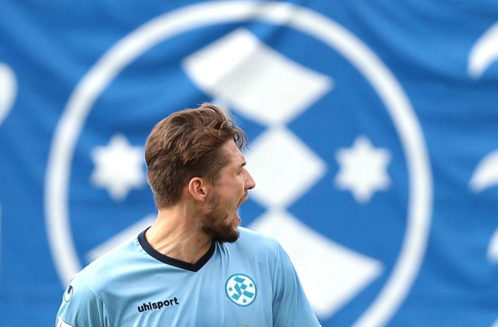 Der Stürmer Mijo Tunjic ist sauer – über sich und die Mannschaft. Foto: Baumann