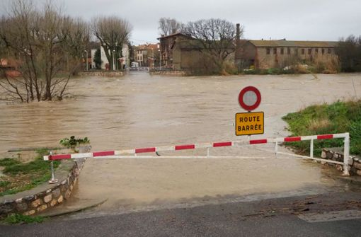 Neun Tote in Spanien –  Warnungen in Frankreich