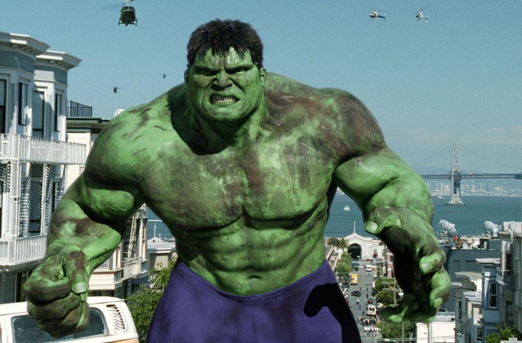"""Eine Szene aus dem Kinofilm """"Hulk""""  – bei der Jagd durch die Straßen von San Francisco. Foto: picture-alliance / dpa"""