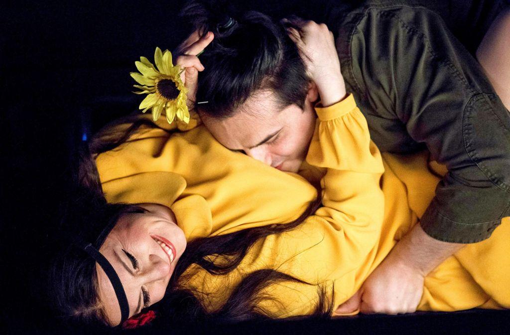 Witwe und Träumer: Ana Durlovski als Norina und Ioan Hotea als Ernesto Foto: dpa