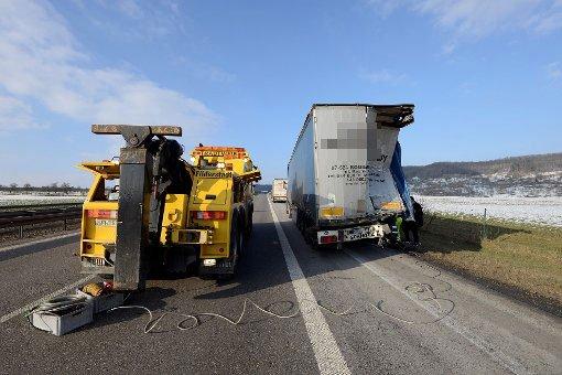 Lkw-Unfall auf der A81 endet tödlich