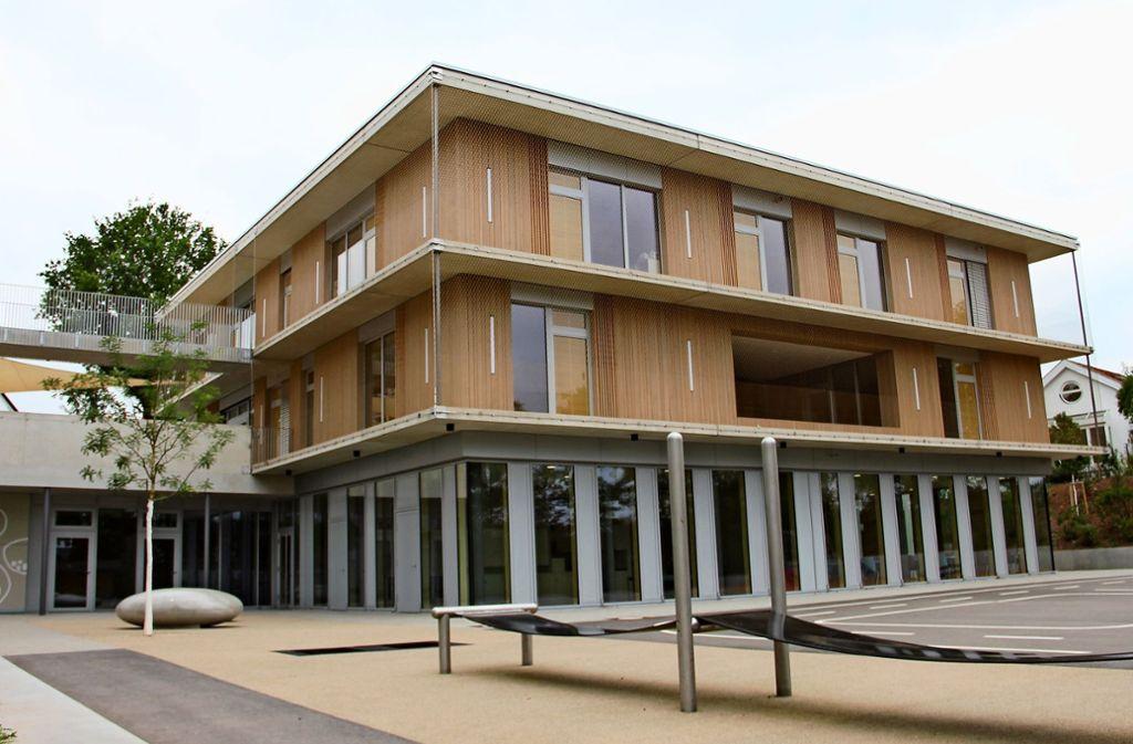 Seit der Einweihung des Kinderhauses an der Kirchhaldenschule ist die Schule zumindest räumlich gut aufgestellt. Foto: Torsten Ströbele
