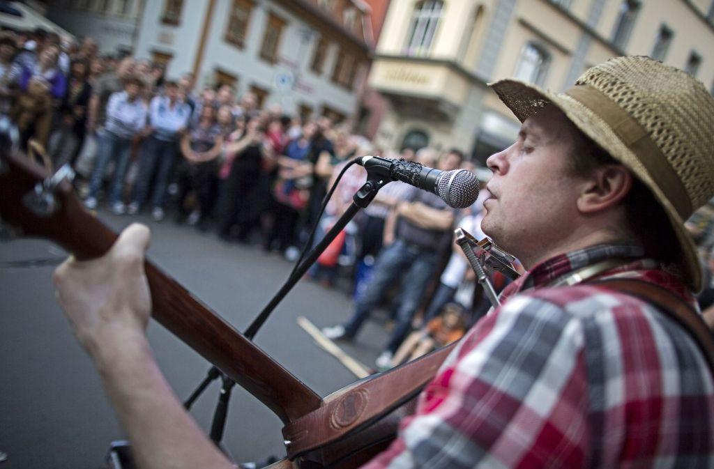 Jimmy Kelly ist als Straßenmusiker großgeworden Foto: Thomas Stachelhaus
