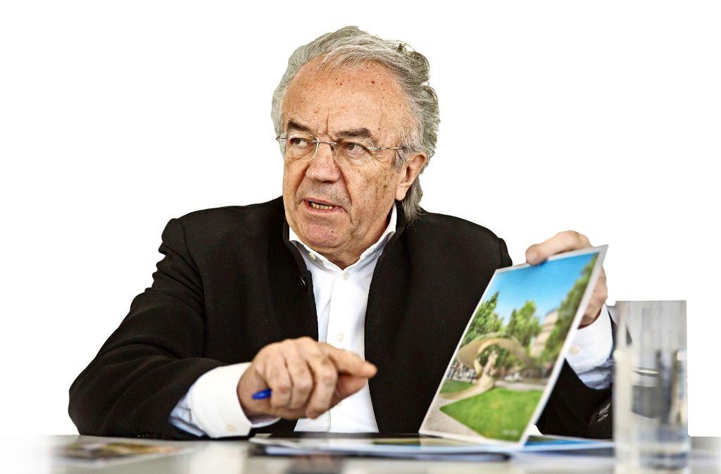 Architekt Werner Sobek erläutert seine Pläne. Foto: Lichtgut/Leif Piechowski