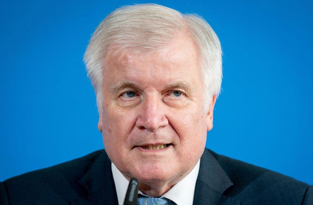 Bundesinnenminister Horst Seehofer – macht er Clan-Kriminalität in Deutschland zur Chefsache? (Archivbild) Foto: dpa/Kay Nietfeld
