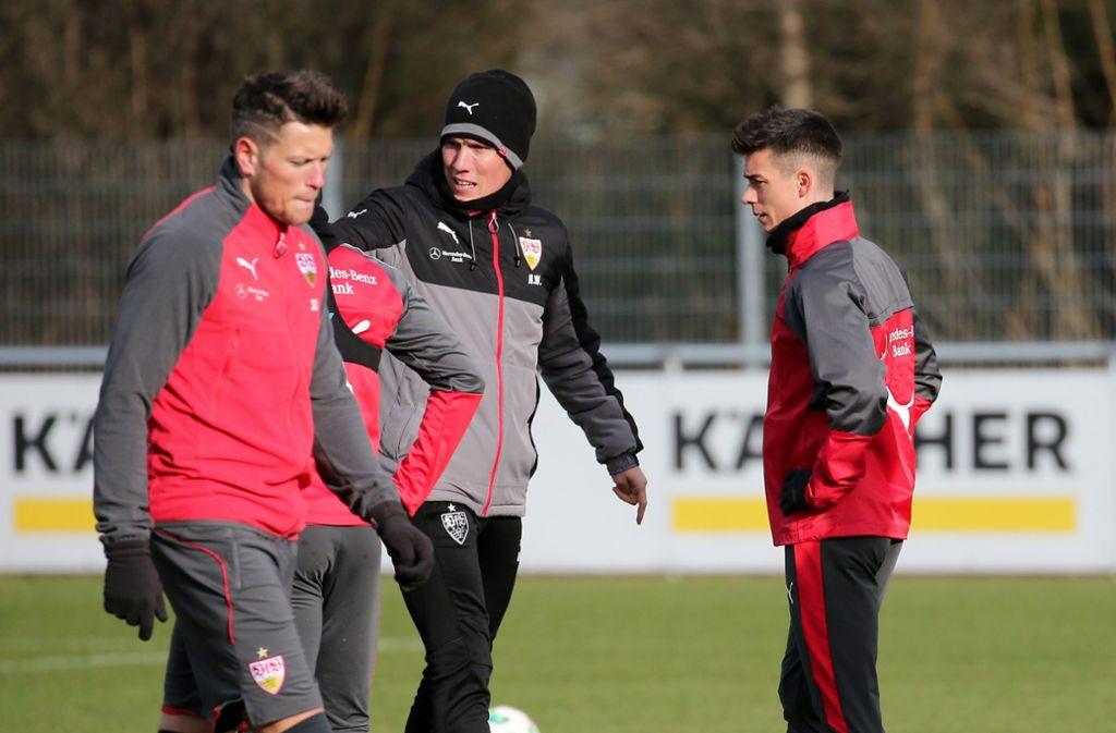 Hannes Wolf (Mitte) mit Daniel Ginczek (links) und Neuzugang Erik Thommy. Foto: Pressefoto Baumann