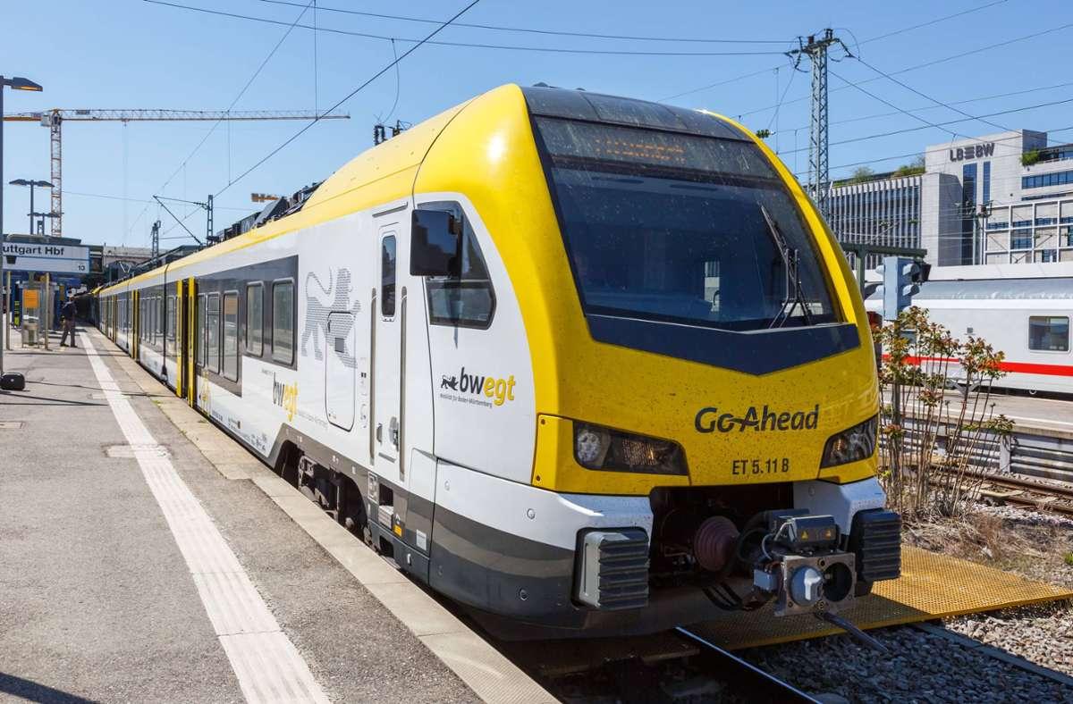 Ein Regionalzug ist am Dienstagabend am Stuttgarter Hauptbahnhof entgleist. (Symbolbild) Foto: imago images/Aviation-Stock/Markus Mainka via www.imago-images.de
