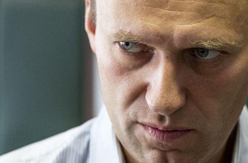 Kremlgegner Alexej Nawalny zu Haft verurteilt