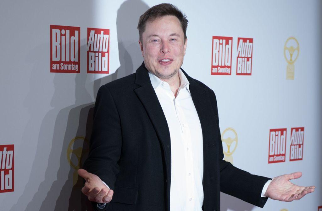 Tesla-Chef Elon Musk bei der Verleihung des Goldenen Lenkrads in Berlin. Foto: dpa/Jörg Carstensen