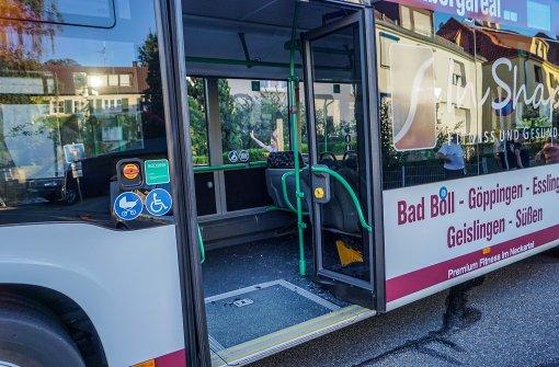 Drei Verletzte bei Unfall mit Linienbus