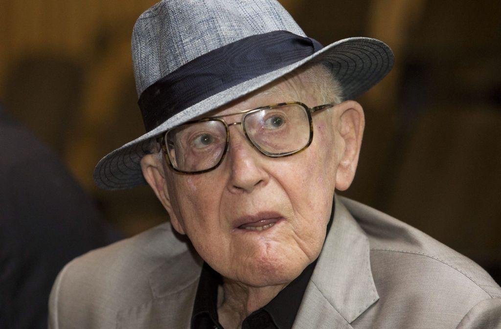 """Der Auschwitz-Überlebende Branko Lustig war nicht nur der Produzent, sondern auch ein wichtiger Zeitzeuge bei """"Schindlers Liste"""". Foto: dpa/Abir Sultan"""