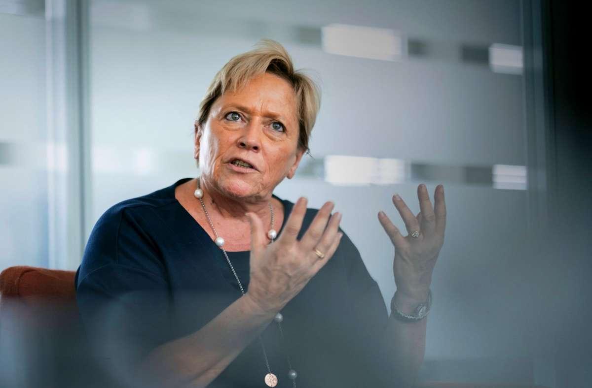 Die Kultusministerin spricht sich für Präsenzunterricht für die jüngsten Schülerinnen und Schüler aus. Foto: imago images/Thomas Koehler/photothek.net