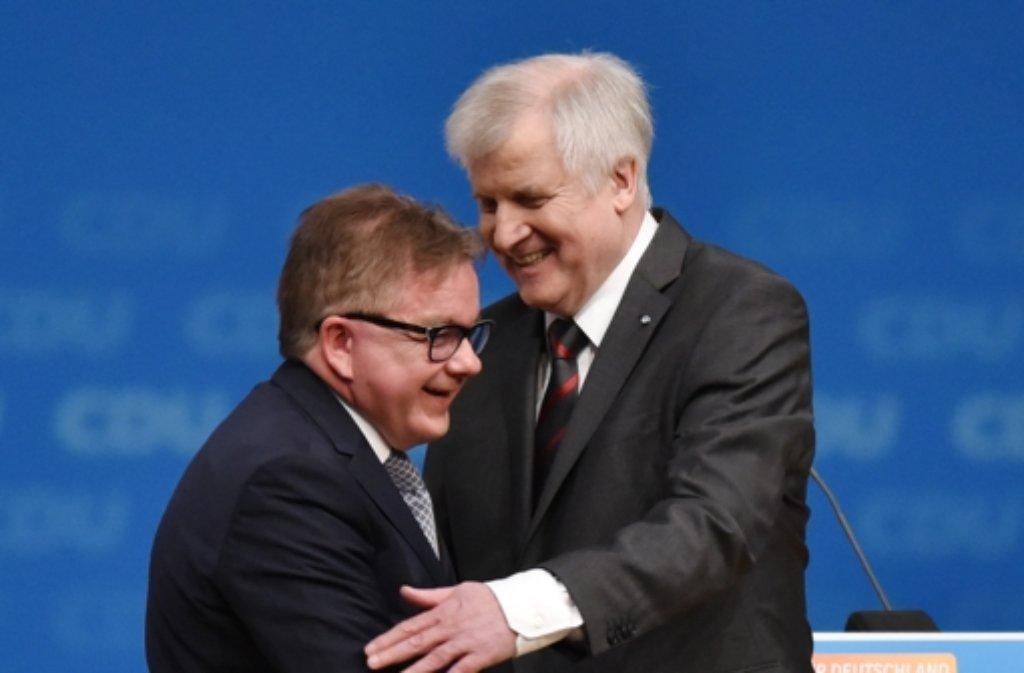 CDU-Spitzenkandidat Guido Wolf (links) äußert sich  positiv zu CSU-Chef Horst Seehofers Vorschlag. Foto: dpa