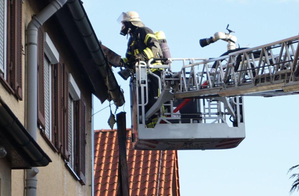 In Stuttgart-Möhringen hat es am Samstagabend gebrannt. Foto: SDMG