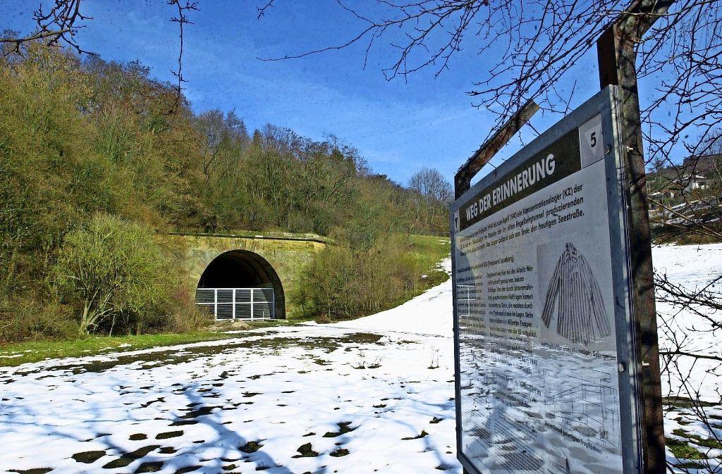 Im Alten Engelbergtunnel wird heute der Opfer des hiesigen KZ gedacht. Foto: Gorr