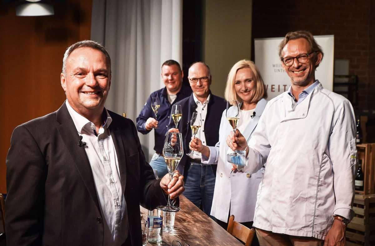 Moderator Holger Gayer mit Tobias Wigger, Jürgen Off, Saskia Wörthwein und Dirk Wöllhaf (von links) Foto: Lg/Iannone