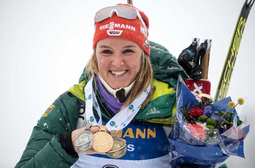Bei der WM 2019 in Östersund hat sich Denise Herrmann einen Medaillensatz gesichert: Gold, Silber und Bronze Foto: dpa/Sven Hoppe