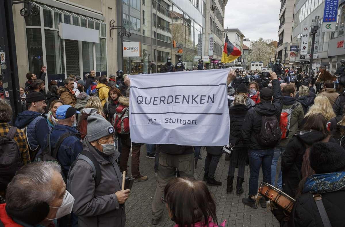 Teile der Querdenker-Bewegung sind nun ein Fall für den Verfassungsschutz. Foto: Lichtgut/Julian Rettig