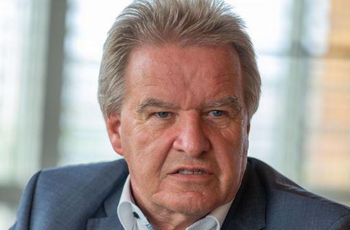 Umweltminister missachtet Tempolimit  – Rücktritt gefordert