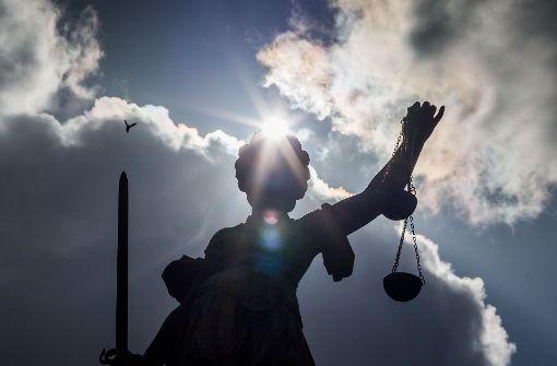 Diebe belasten Juwelier vor Gericht