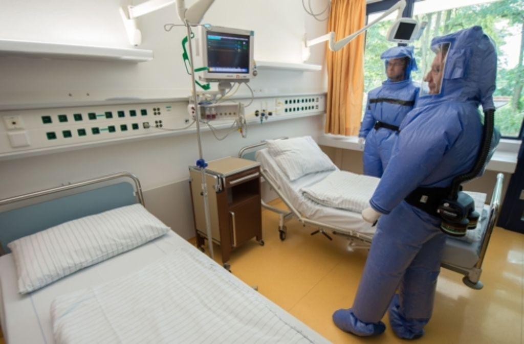 Die Bundesregierung will Hilfe im Kampf gegen Ebola schicken. Foto: dpa