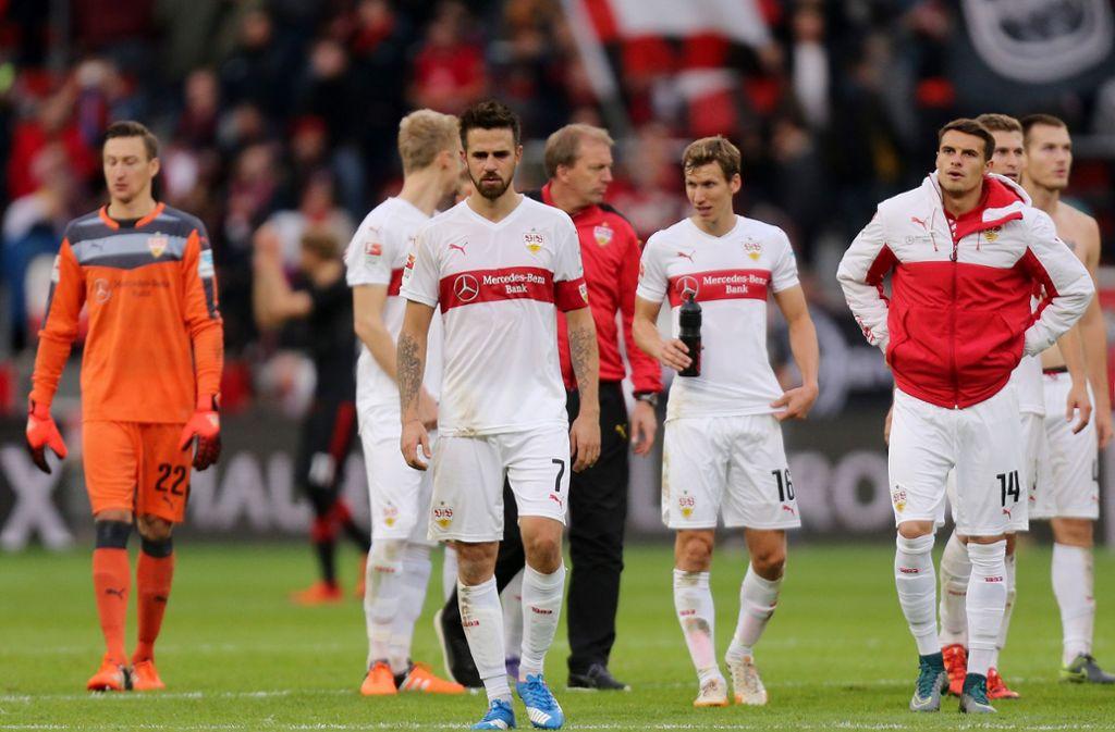 2015/16 gab der VfB häufig ein Bild des Jammers ab – mit dem bitteren Ende Abstieg. Foto: Baumann