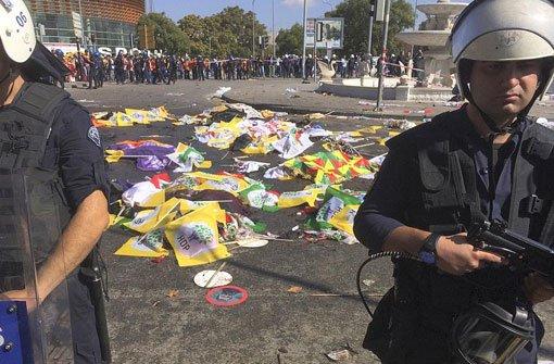 Bomben reißen 30 Menschen in den Tod