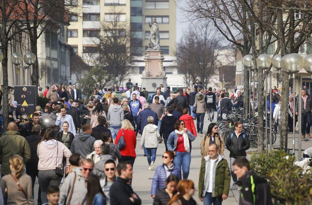 Volle Geschäfte, volle Kassen: Das Märzklopfen in Ludwigsburg lohnt sich für die Händler und die Kunden. Foto: factum/Granville