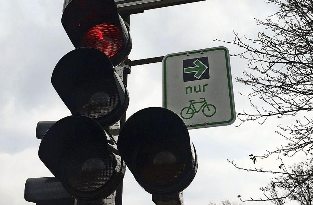 Grüne Pfeile für Radler gibt es in Stuttgart an sechs Kreuzungen. Foto: Janey Schumacher
