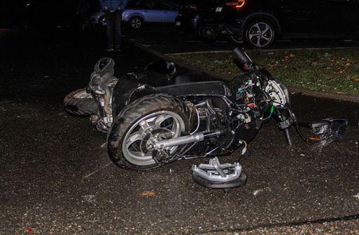 Smart-Fahrer missachtet Vorfahrt – Biker und Sozius schwer verletzt