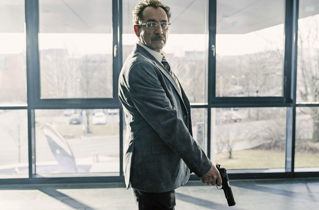 Ein Anwalt (Thorsten Merten) dreht scheinbar durch. Aber warum? Foto: BR/Claussen+Putz