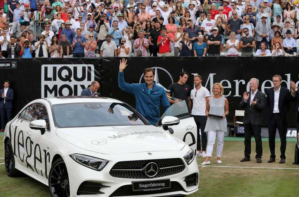 Wer tritt in die Fußstapfen von Vorjahressieger Roger Federer. Der Maestro ist in diesem Jahr nicht in Stuttgart am Start. Foto: Baumann