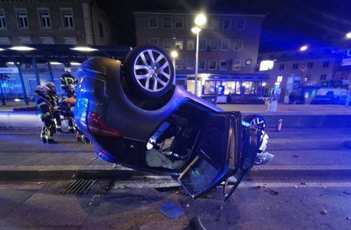 Citroën überschlägt sich – Neckartalstraße gesperrt