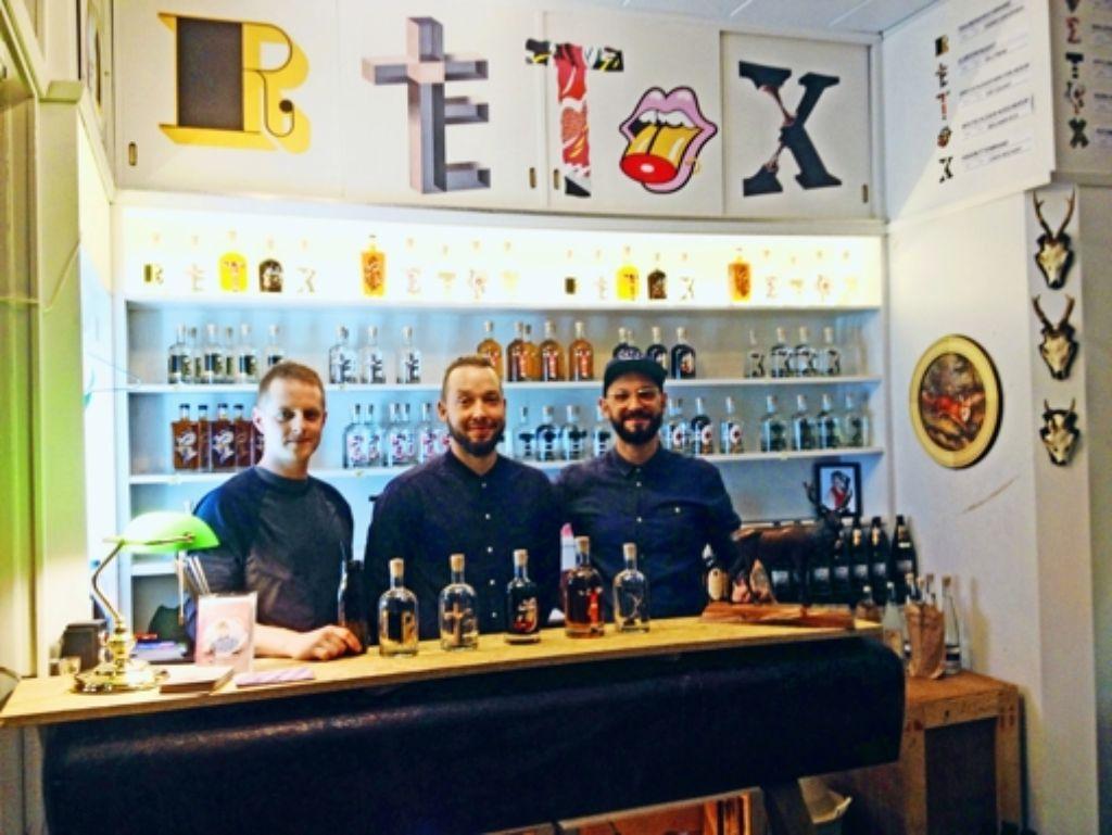 Die drei von der Tankstelle: Dorian Langer, Stefan Büttner, Benni Erbsland (von links) Foto: Schäfer