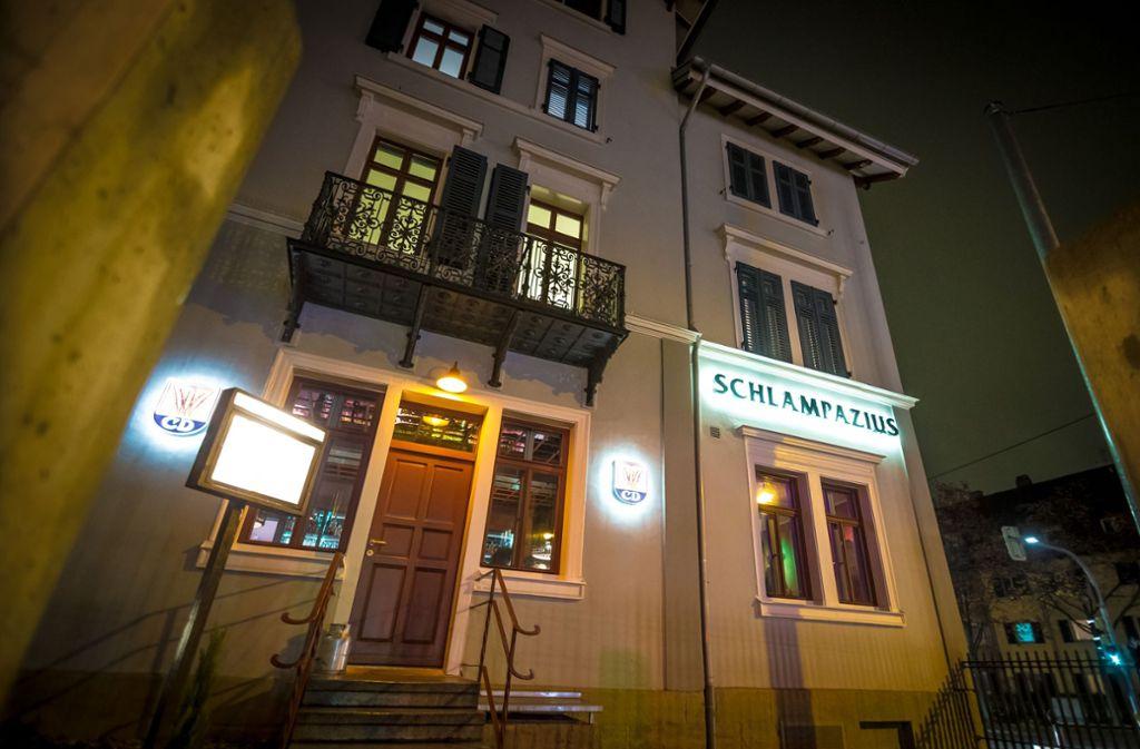 Das Schlampazius in Stuttgart-Ost ist der Inbegriff einer Stadtteilkneipe – keine Eckkneipe, aber auch keine Hipster-Gastro oder gar eine Bar. Foto: Lichtgut/Julian Rettig
