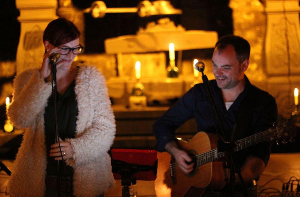 "Das  Duos ""Famos"" spielt im Wonnemar Backnang Foto: Veranstalter"