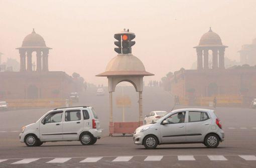 Neu Delhi:  Privatautos fahren  nur noch   jeden zweiten Tag
