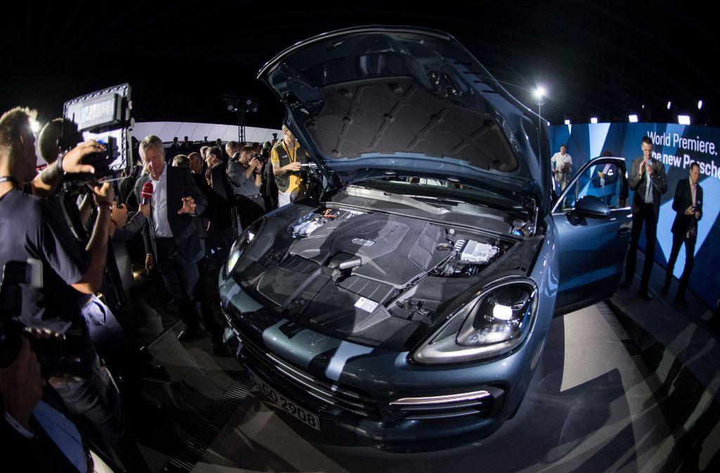 Auch die neue Generation des Porsche Cayenne soll mit einem Dieselmotor angeboten werden. Foto: dpa