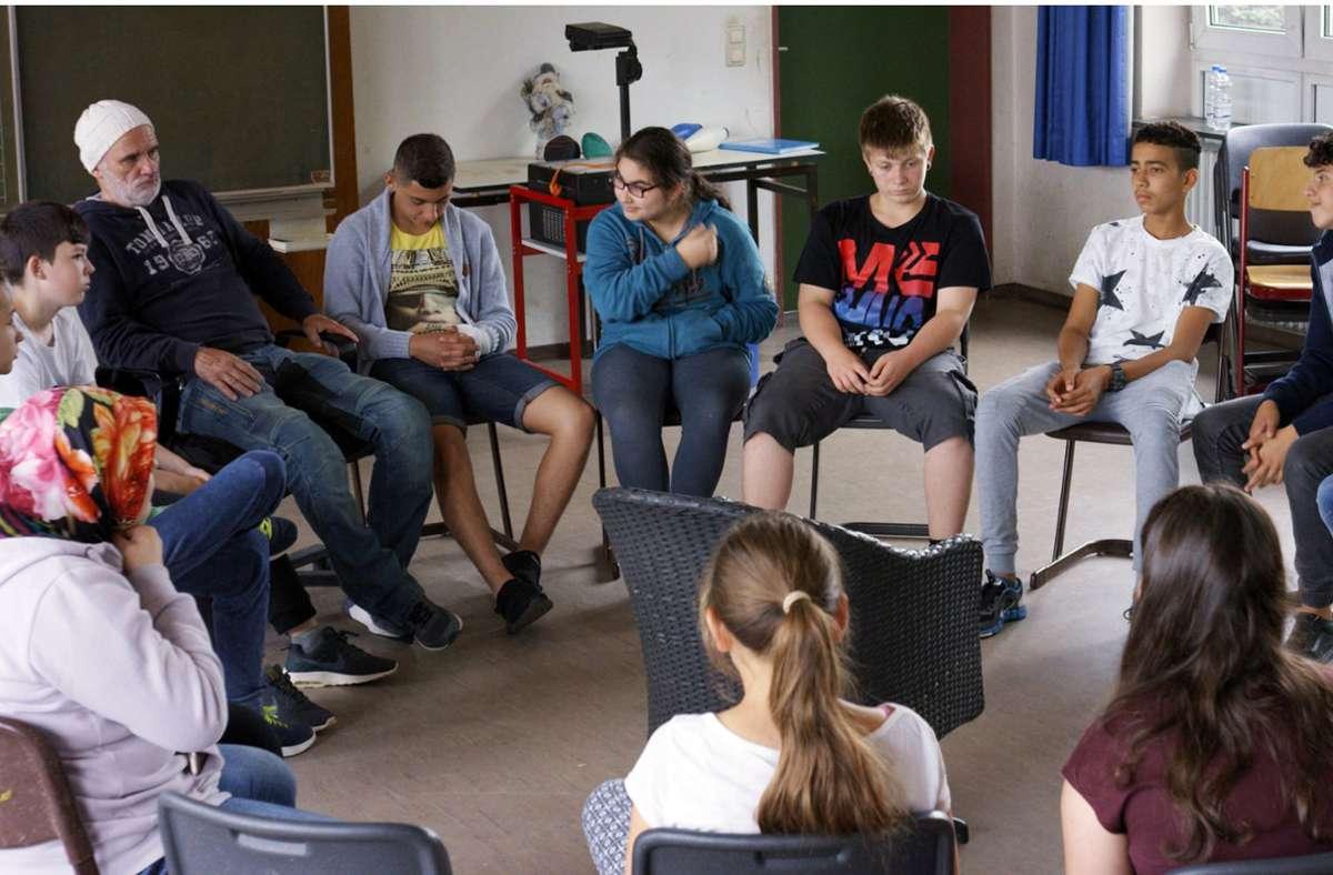 """Szene aus dem Film """"Herr Bachmann und seine Klasse"""" Foto: dpa"""