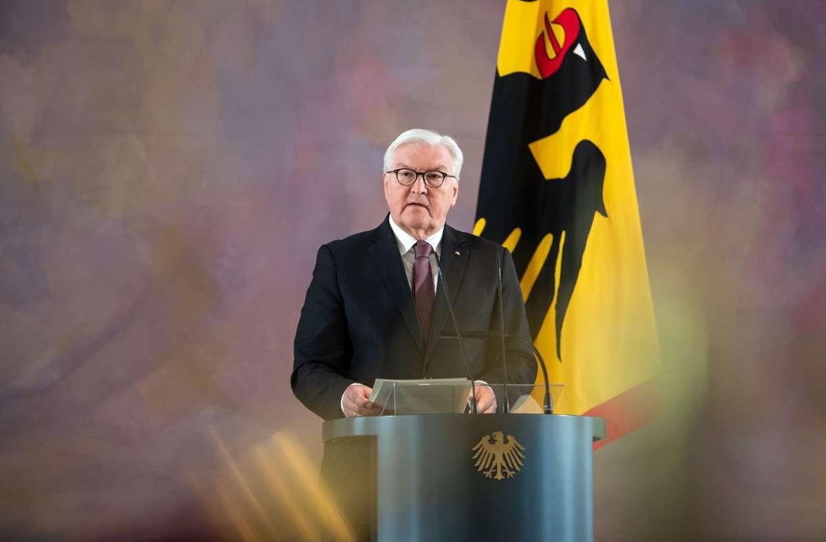 Bundespräsident Frank-Walter Steinmeier hat angekündigt, für eine zweite Amtszeit zur Verfügung zu stehen. Foto: dpa/Bernd von Jutrczenka